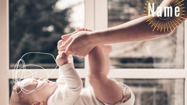 赤ちゃんとママの腕